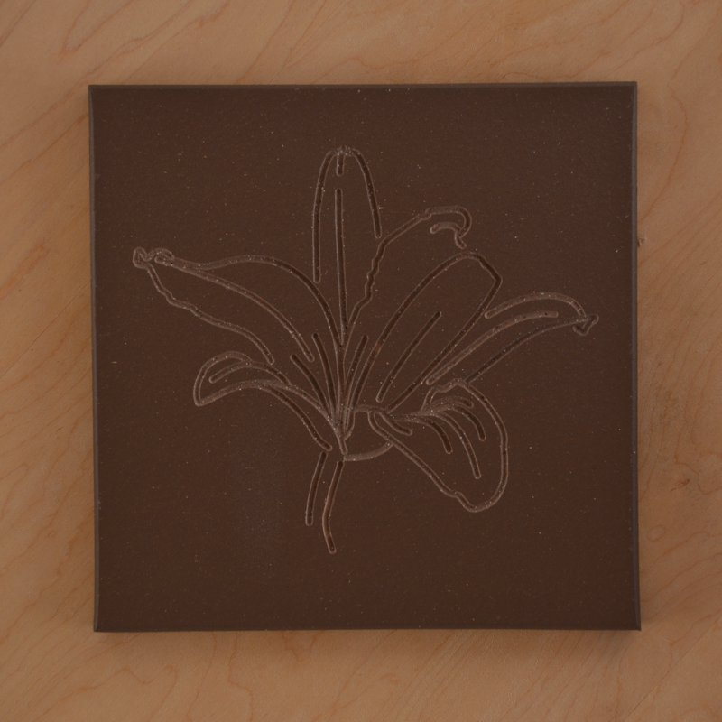 Lily - engraving on quarry tile